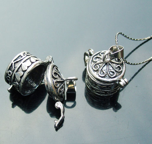 Perfume Locket Necklaces