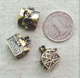 16x14MM Bronze Jewel Case Locket