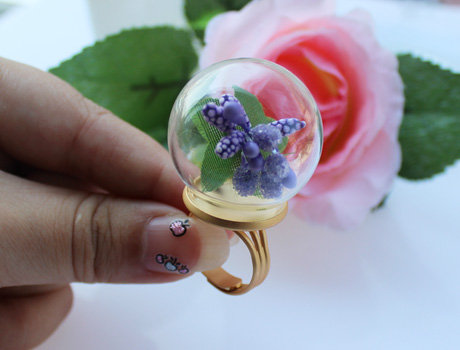 30MM Glass Globe Rings(Assorted Ring Base Colors)