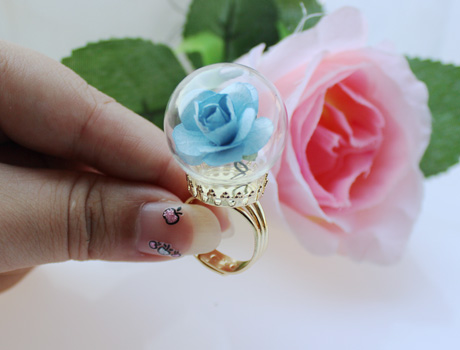 30MM Glass Globe Rings(Assorted Crown Ring Base Colors)