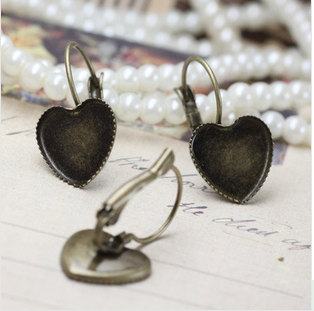 12mm Antique Brass Ear wires Hook With Heart Large Pad